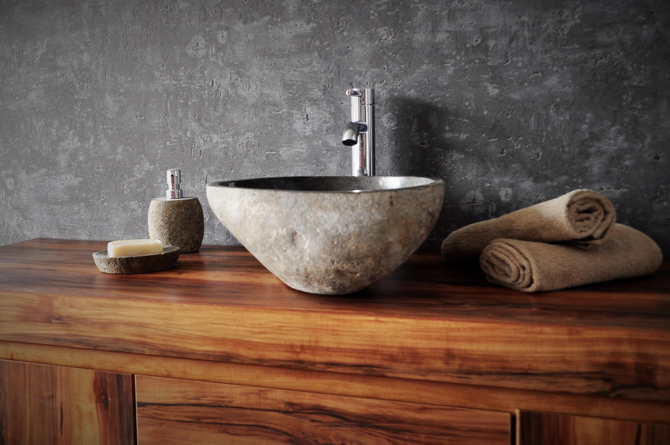 umywalka kamienna nablatowa szara industone; aranżacja łazienki; drewniany blat